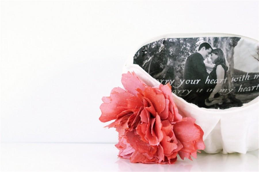Hochzeit - Photo Clutch. Personalized Gift. Wedding Gift. Bridesmaids Gifts. Ivory Bridal Clutch. Coral. Pink. Peach. Photo Clutch. Maid Of Honor Gift