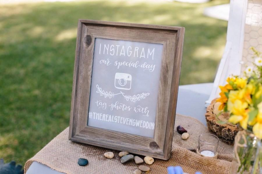 Свадьба - instagram sign cardstock / wedding sign / wedding hashtag / etsy shop sign / arts market sign / custom hand-lettered sign.