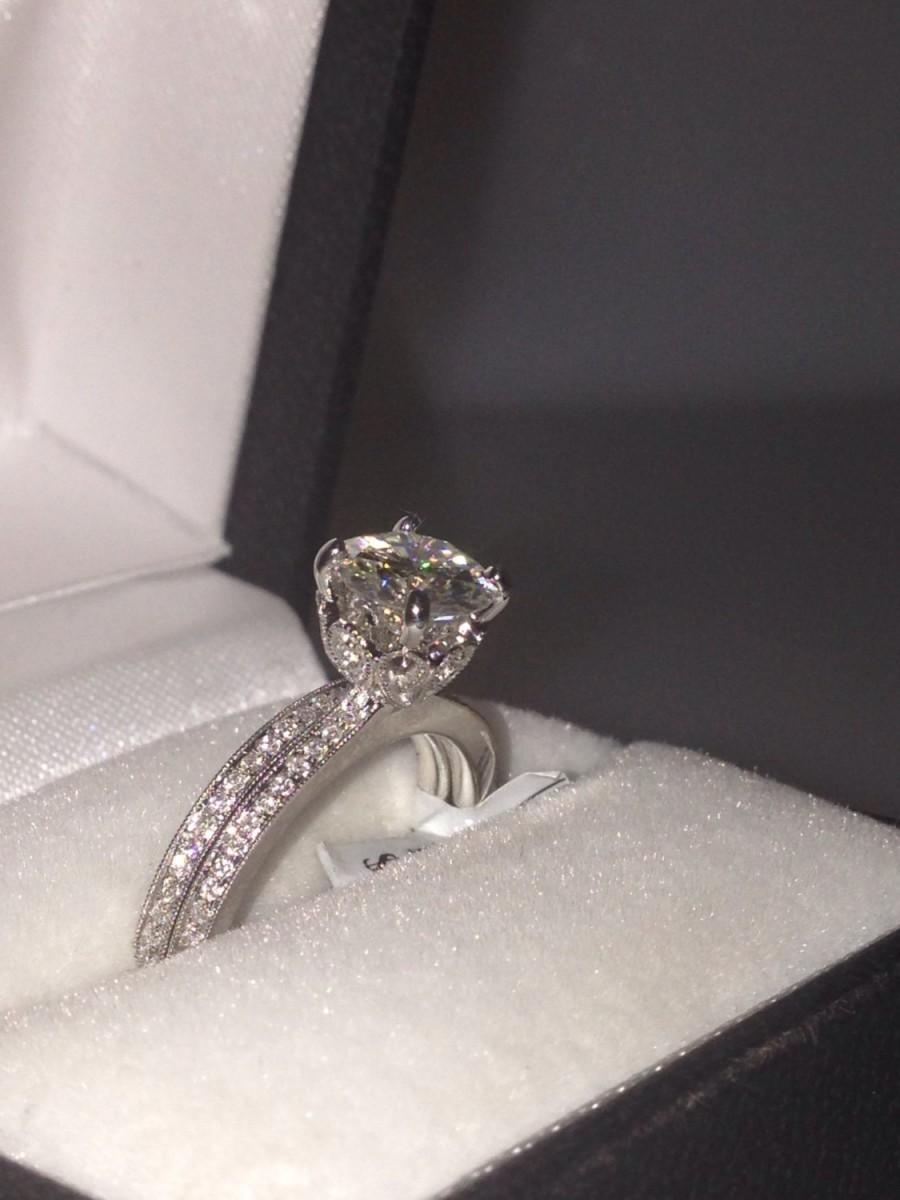 Mariage - Vintage Engagement Ring Wedding Band Set 18k Gold 6.5mm Round Forever Brilliant Moissanite & Round Natural Diamonds Pristine Custom Rings