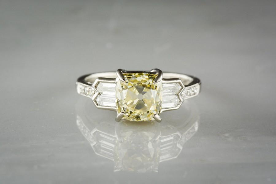 Mariage - 2.06 Carat GIA Fancy Light Yellow Old Mine Cut Diamond in Art Deco / Retro Revival Engagement Ring TS128