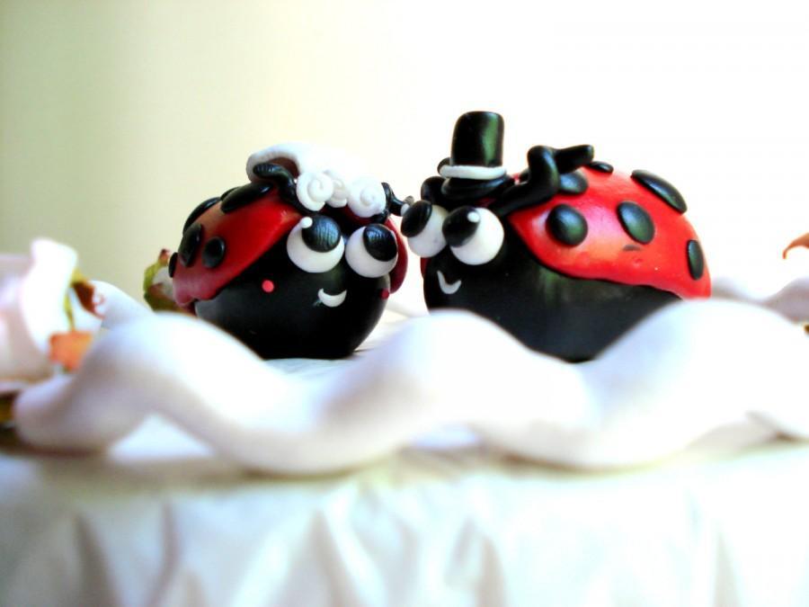 Mariage - Cute Wedding Cake Topper Ladybug Bride and Groom