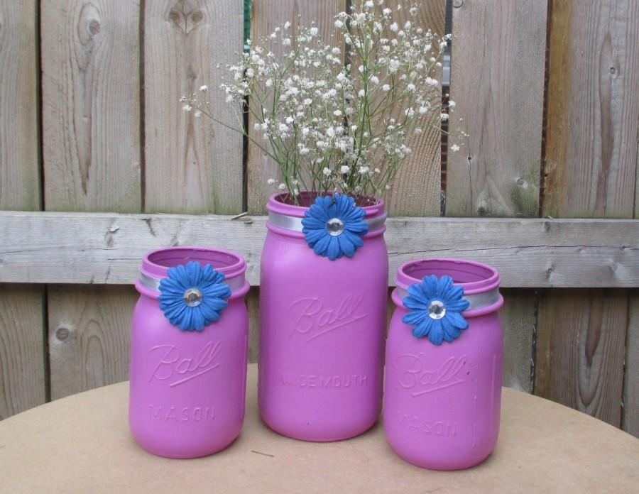 Свадьба - Pastel Wedding  / Orchid and Blue Wedding Mason Jar Centerpiece / Candle Holder / Shabby Chic Wedding Decoration / Quince Decor / Bling