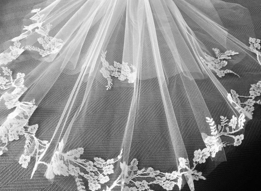 "Hochzeit - Handmade Custom Veils: ""The Carrie"""