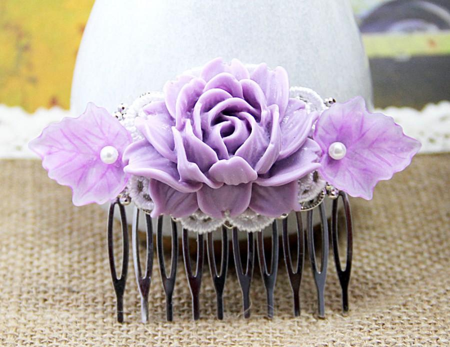 Hochzeit - Flower Hair Comb, Wedding Jewelry, Purple Peony Hair Comb, Big Resin Flower, Leaf Comb, Bridal Comb, Bridesmaid Hairpiece, Unique Haircomb