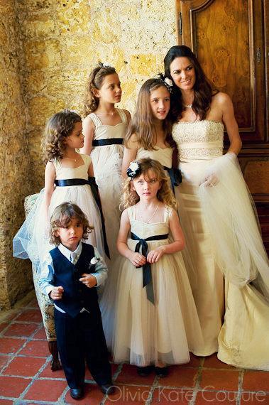 Свадьба - Flower Girl Dress Champagne