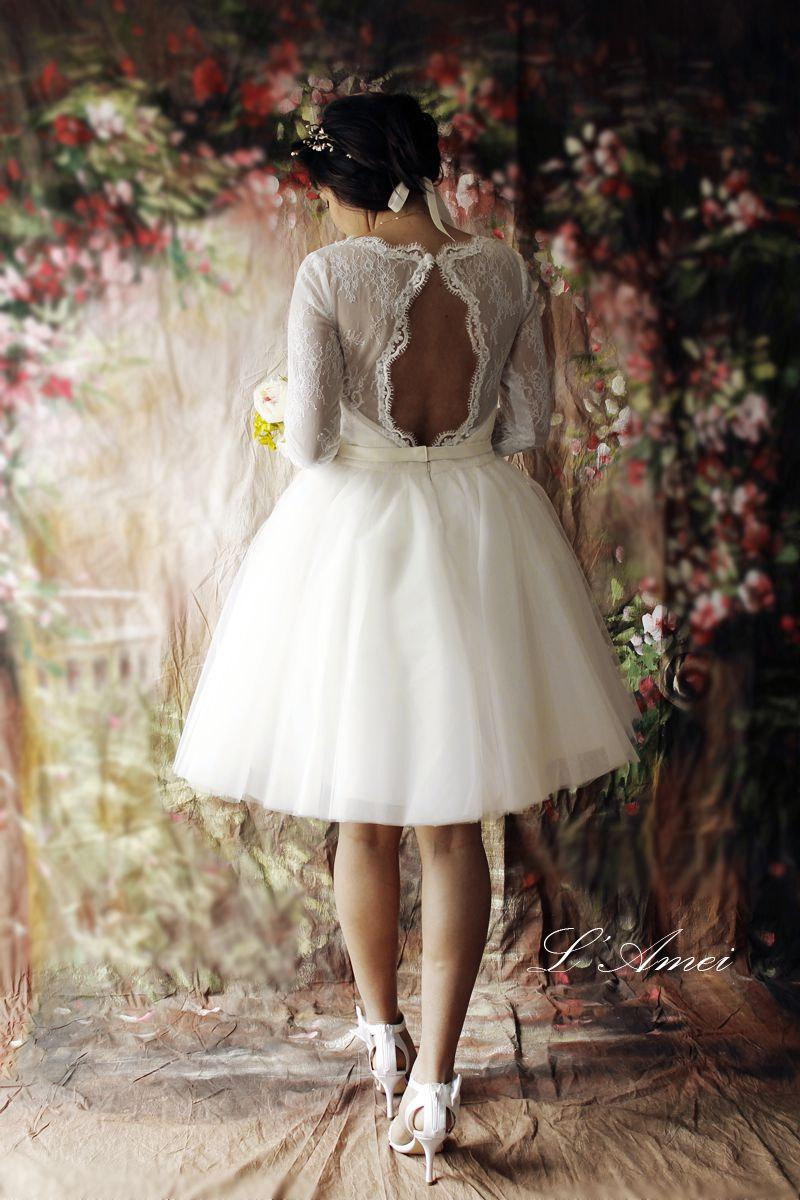 زفاف - Short Lace Wedding Dress with Sleeves and Open back, Tea Length white lace Bridal dress