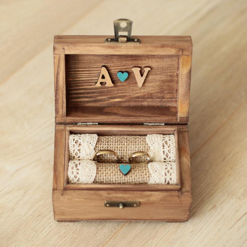 Свадьба - Personalized wedding ring box with wooden letters. Wooden ring box. Rustic ring holder. Ring bearer.