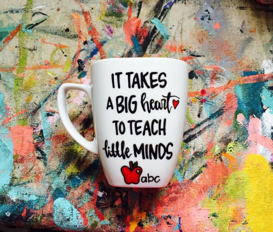 Mariage - it take a big heart to teach little minds, teacher mug, mug for teacher, teacher gift, special teacher gift, coffee mug for teacher