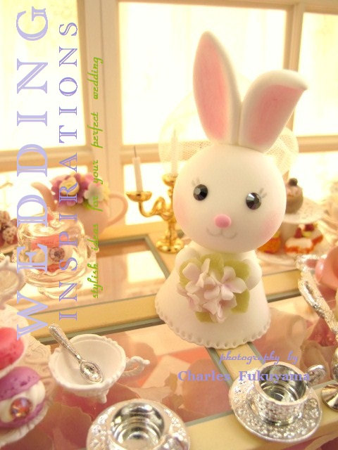 Hochzeit - bunny Wedding Cake Topper-love rabbit and bunny with sweet heart base and swarovski crystal---k937