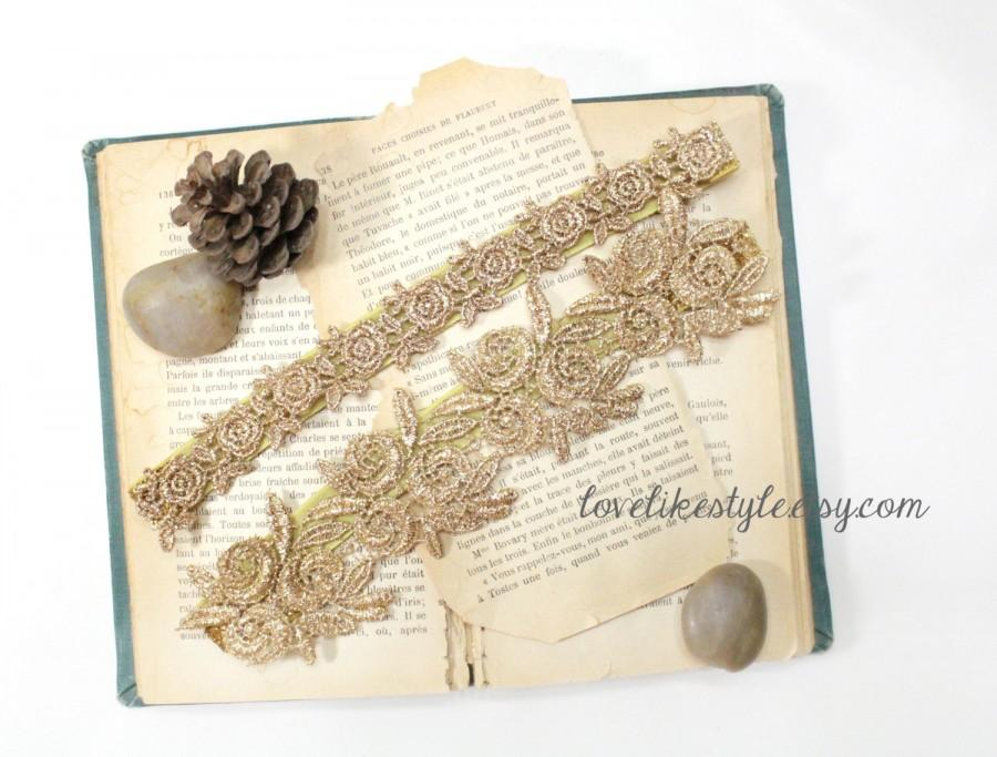 Hochzeit - Metallic Gold Flower Lace Wedding Garter Set, Gold Lace Garter Set, Toss Garter , Keepsake Garter / GT-22