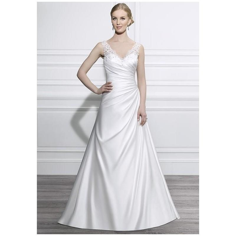 The Knot Wedding Gowns: Moonlight Tango T654 Wedding Dress