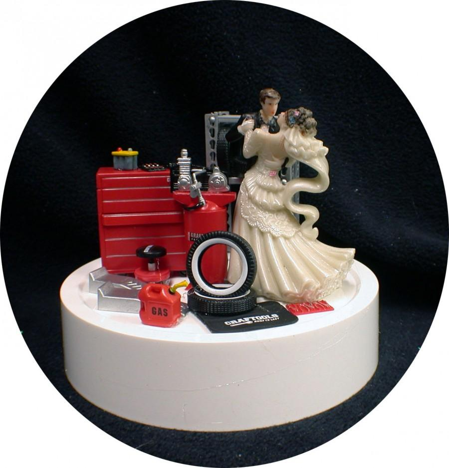 Свадьба - Car AUTO MECHANIC Wedding Cake Topper Bride & Groom Tool Box FUNNY Racing Tire Garage
