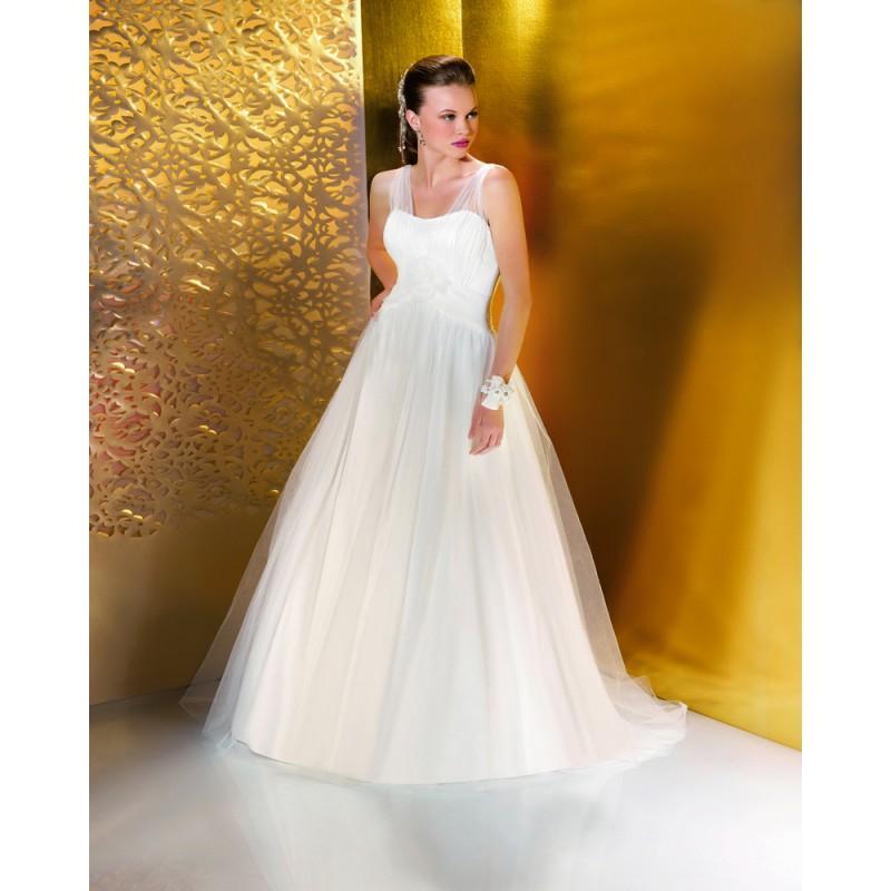 Düğün - Simple A-line Spaghetti Straps Hand Made Flowers Sweep/Brush Train Tulle Wedding Dresses - Dressesular.com