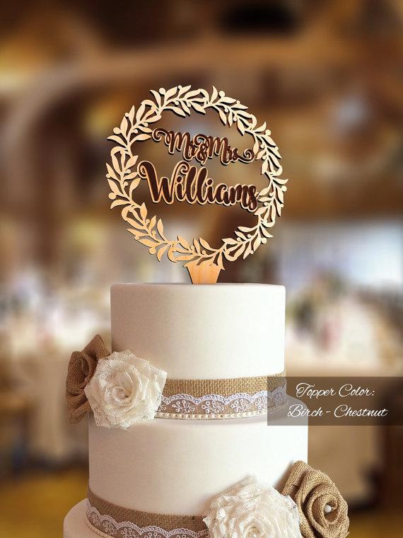 Hochzeit - Mr & Mrs Wreath Cake Topper. Rustic wedding decor. Rustic cake topper. Wedding cake topper rustic. Cake topper rustic.