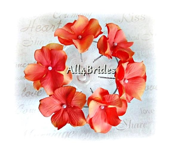 Свадьба - Coral Flower Hair Pins, Set of Six Coral Hydrangeas Flowers - Bridal Bridesmaid Hair Accessories, Spring, Summer, Destination Weddings