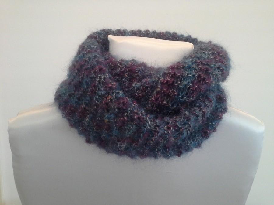 Mariage - Sciarpa lavorata a maglia-knitted scarf-Infinity scarf-wool-Soffice e calda sciarpa-Fatta a mano-Fatta in Italia