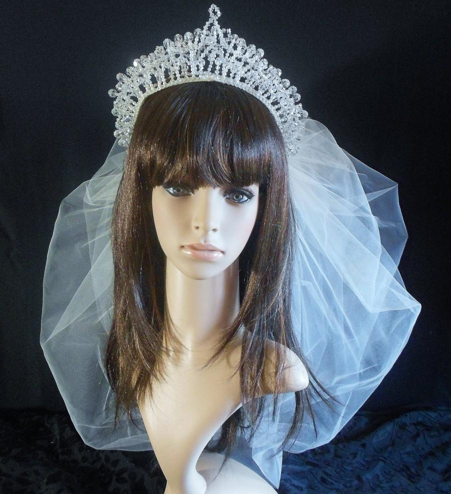 Mariage - Vintage Bridal Tiara Crown With Crystals and Pearls-Cathedral Veil-Bubble Wedding Veil