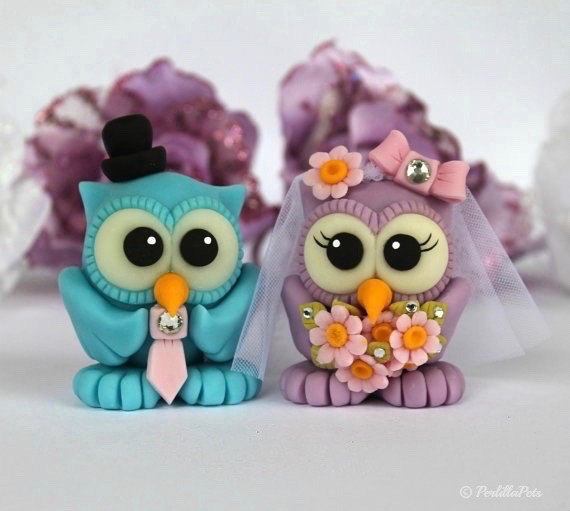 Boda - Custom bride and groom love birds owl wedding cake topper - daisies bridal bouquet