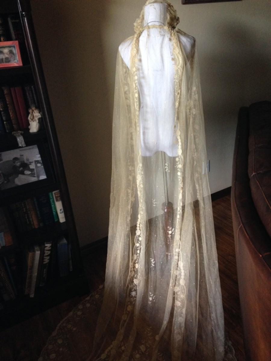 Свадьба - CLEARANCE!!!!!!    Splendid Antique Victorian Princess Lace Wedding Veil