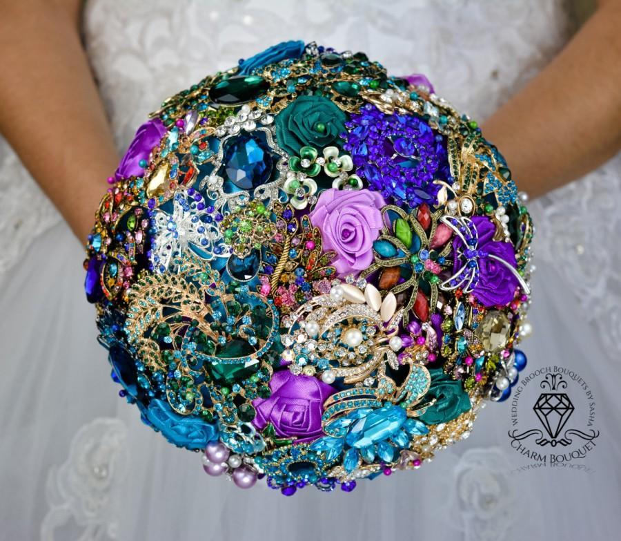 Mariage - Wedding brooch bouquet, bridal bouquet, Bride bouquet, broach bouquet, jeweled bouquet, peacock bouquet, bridesmaid bouquet, crystal bouquet