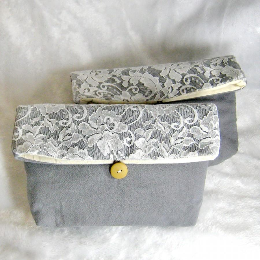 Mariage - set of 5 Personalized bridesmaid clutch, White Lace Foldover clutch, bridesmaids gift, grey coral wedding purse, makeup pouch, rustic CL907