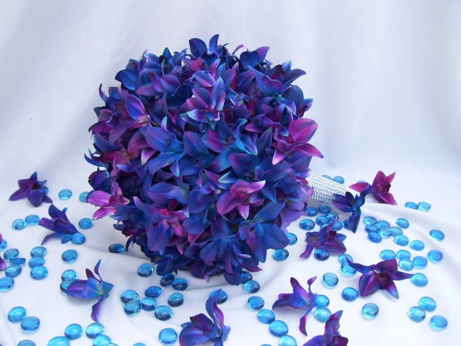 Mariage - Alma's Bridal Bouquet 1st Design with Blue Violet Dendrobuim Orchids, Purple Hydrangeas,Rhinestone Handle