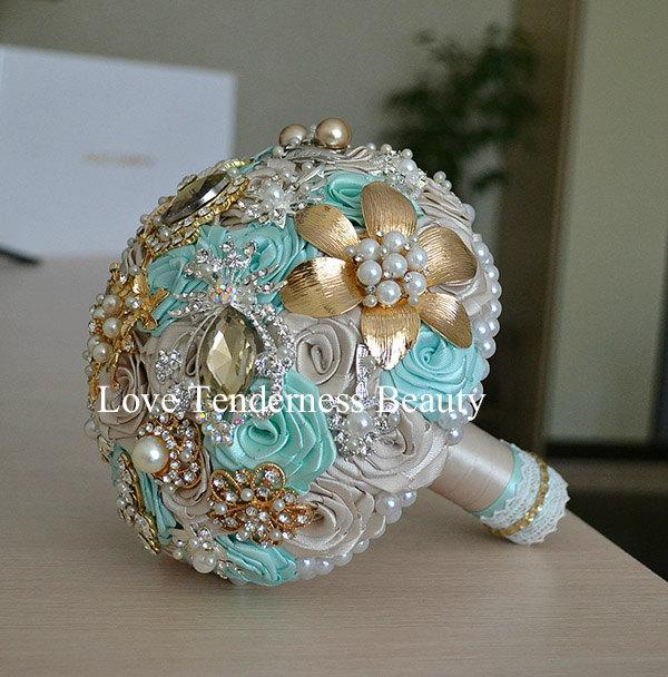 Mariage - Blue Mint Brooch Bouquet, Champagne and Gold Wedding Brooch Bouquet, Bridal Bouquet, Jewelry Bouquet, Broach Bouquet, Crystal Bouquet