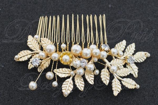 Mariage - SALE Bridal Accessories Wedding Hair Accessories Bridal Gold Tone Swarovski Rhinestone Crystals and Pearls Comb