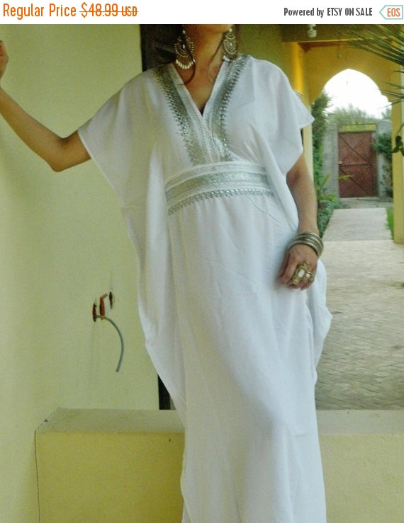 Hochzeit - PREXMAS SALE 10% OFF Bridesmaid gifts, Bridesmaid robe, white marine One Size Resort Kaftan-wholesale, Moroccan, beach wedding, bridal showe