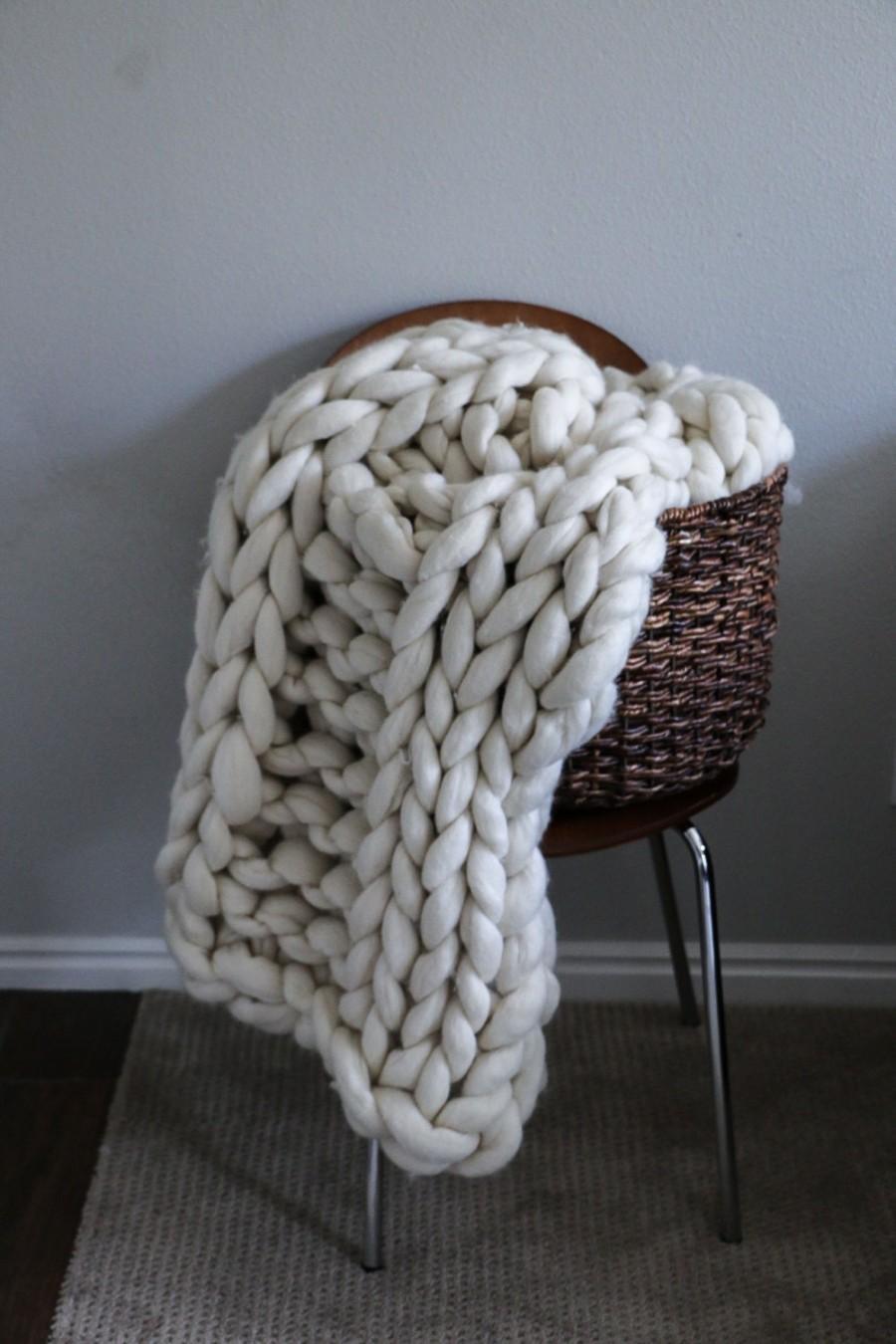 Wedding - Merino Wool Thick Knit Blanket