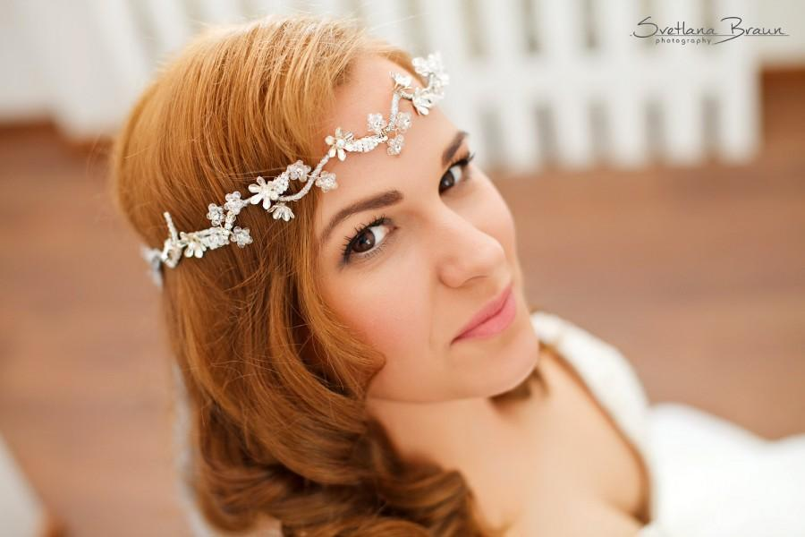 Düğün - Silver bridal floral head piece,Silver wedding hair wreath,Crystal leaves wedding halo,Wedding white hair vine,Bridal silver crown,Hairpiece