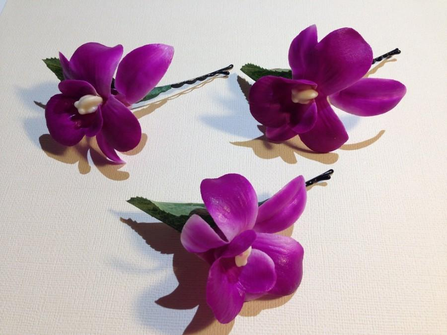 Mariage - PURPLE CYMBIDIUM-Hair Pin.Real Touch,Orchid,Purple,Bobby pins.Waterproof.Beach Bride,Beach wedding,Bridal Hair,Hawaii,Pin-ups,Hula.