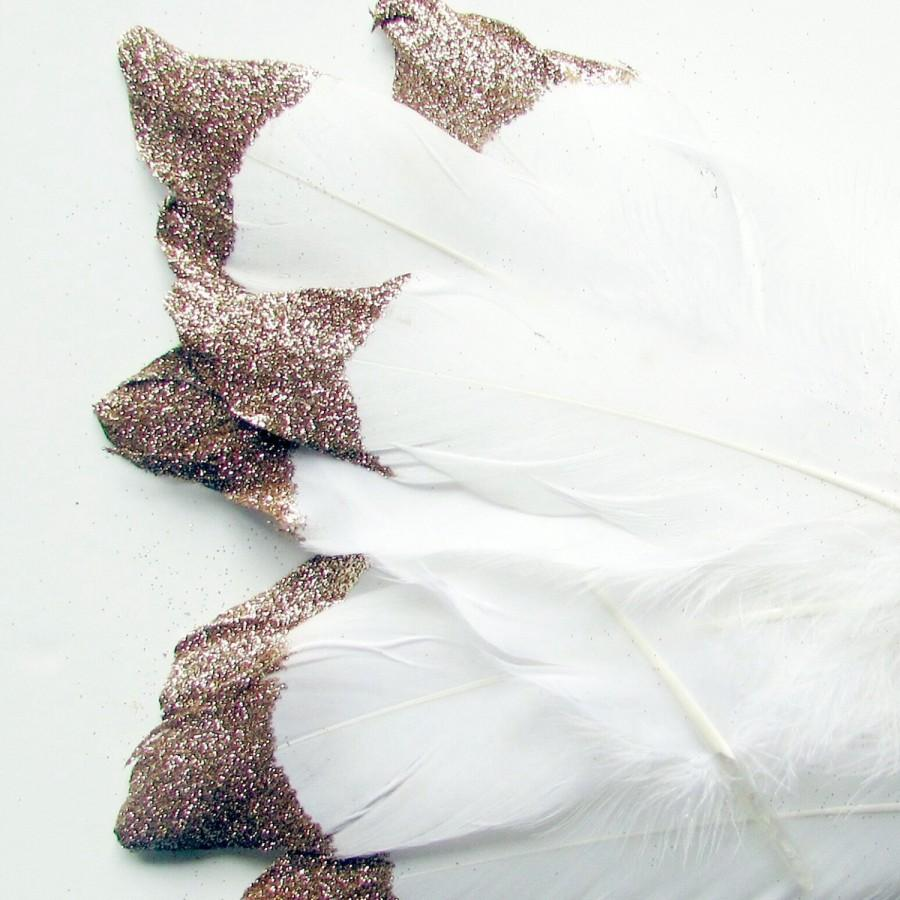 Mariage - White Feathers with Gold Glitter