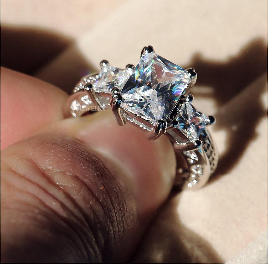 Mariage - Emerald Cut Engagement Ring,Three Stone Engagement Ring,Accent Engagement Ring,Anniversary Engagement Ring,Filigree Engagement Ring, AJR0060