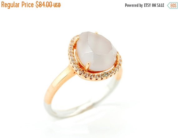 Mariage - CHRISTMAS SALE 25% OFF 925 sterling silver ring plated with 14k rose gold with a Agate stone surrounded with zircons - Engagement ring