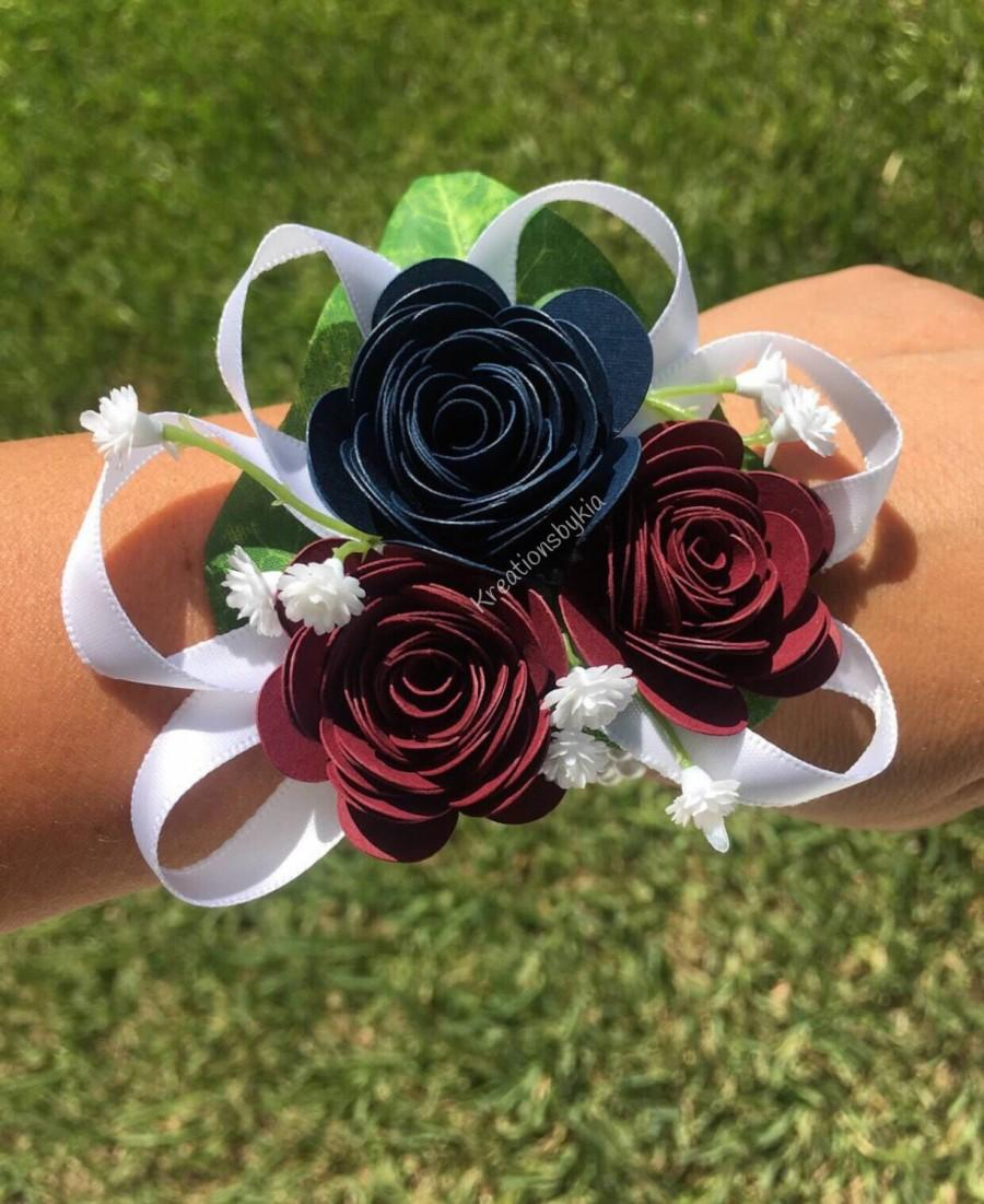 Mariage - Paper Flower Wrist Corsage/ Bridal Bouquet // Kusudama Origami Bouquet/ Wedding/ Bridesmaid Bouquet/ Paper Flowers Corsage/Wristlet