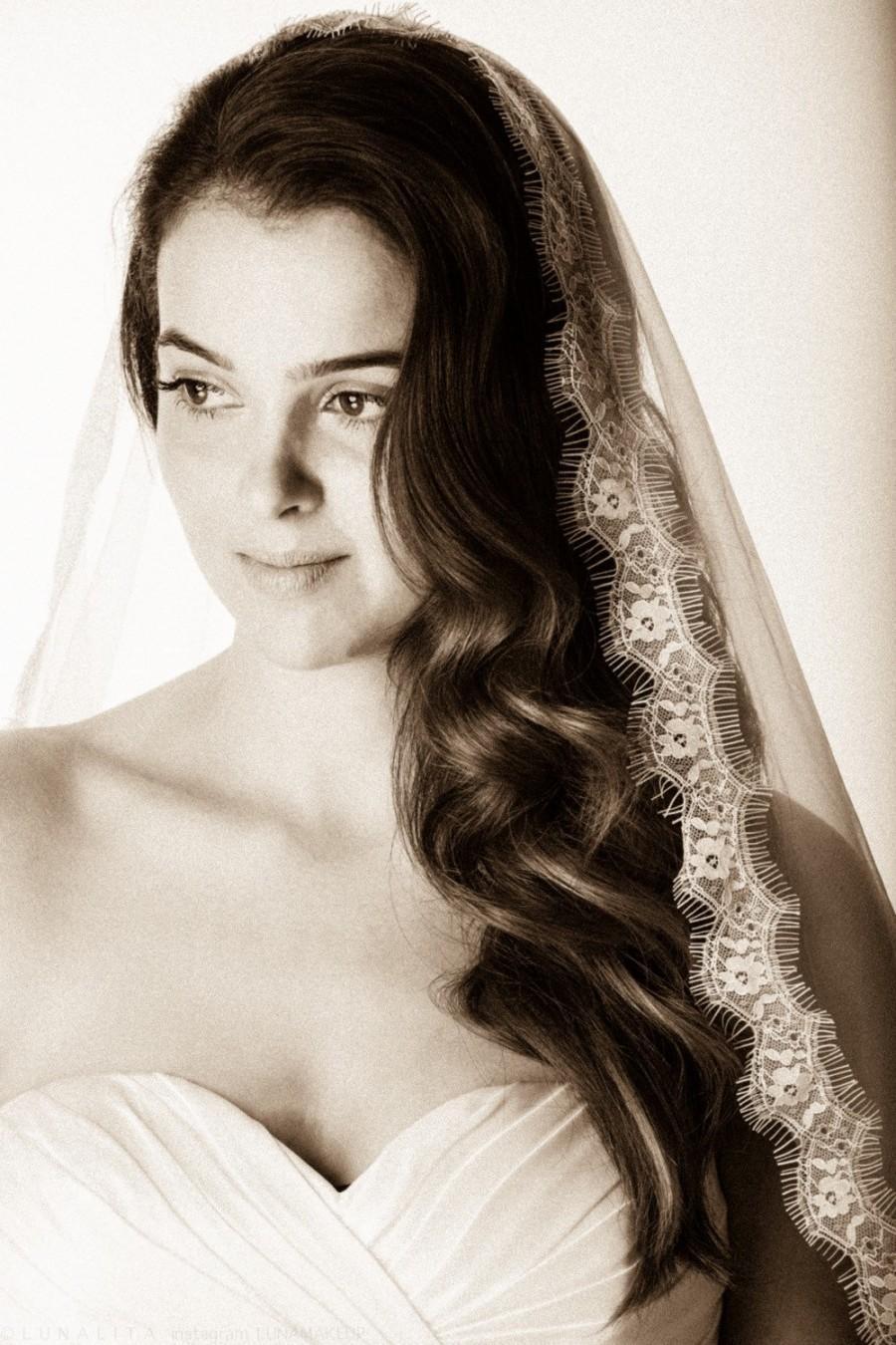 Mariage - Mantilla Veil, mantilla lace veil, mantilla, Chantilly mantilla, mantilla bridal veil, mantilla veil, Waltz wedding Veil, mantilla