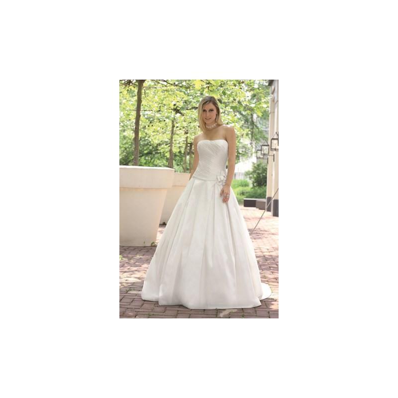 Wedding - Ladybird Affinity 889942 - granddressy.com