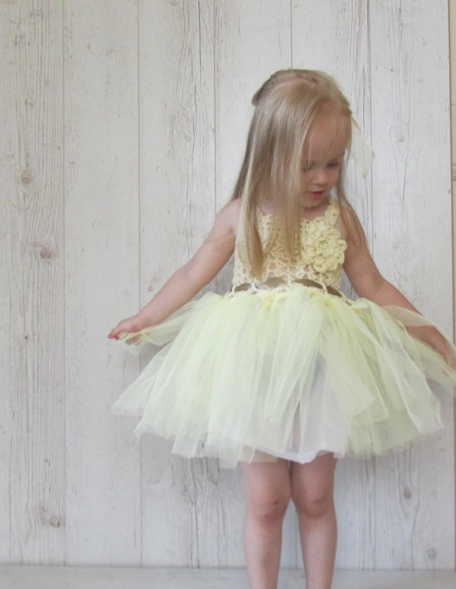Mariage - Flower girl tutu dress, tutu dress, ivory and light yellow flower girl dress, girl's wedding tutu dress, crochet tutu dress