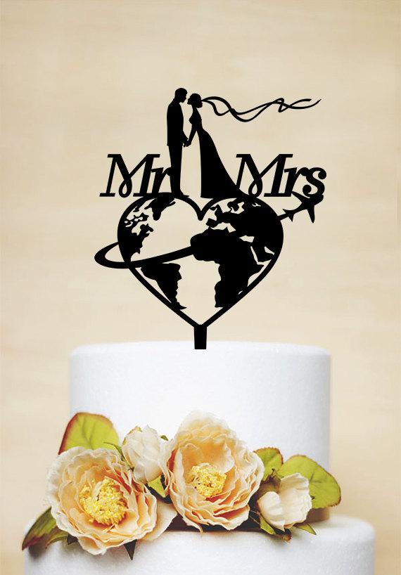 Wedding - Travel themed Wedding Cake Topper, Mr & Mrs Cake Topper, Airplane Cake Topper, Personalized travelling Bride and Groom Cake Topper P169