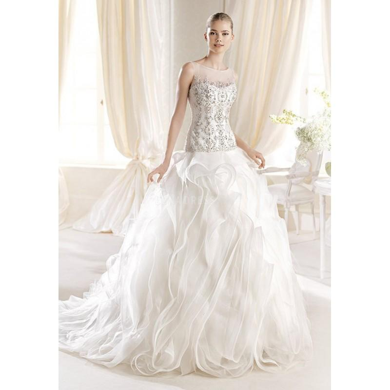 Mariage - Dramatic Princess Tulle & Lace Floor Length Bateau Neck Wedding Dress With Ruffles - Compelling Wedding Dresses