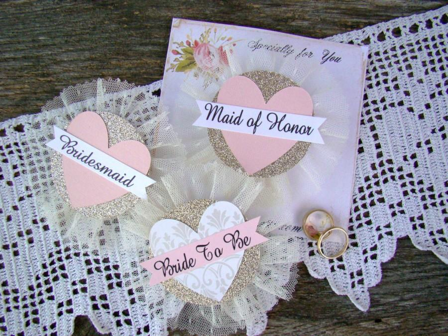 Hochzeit - Bride To Be Pin, Bride Badge, Bridal Shower Corsage, Heart, Bachelorette Party Pins, Hen Party Pins, Wedding Party Badges, Blush, GoLd