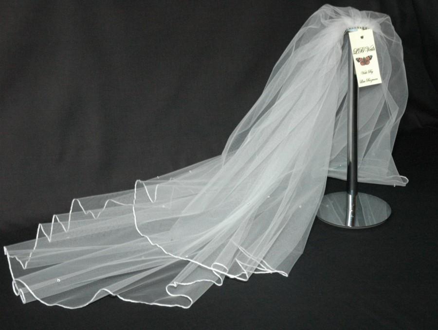Свадьба - Cream Wedding Veil Crystal Diamante Edge Any Length or Colour LBV145 LBVeils UK