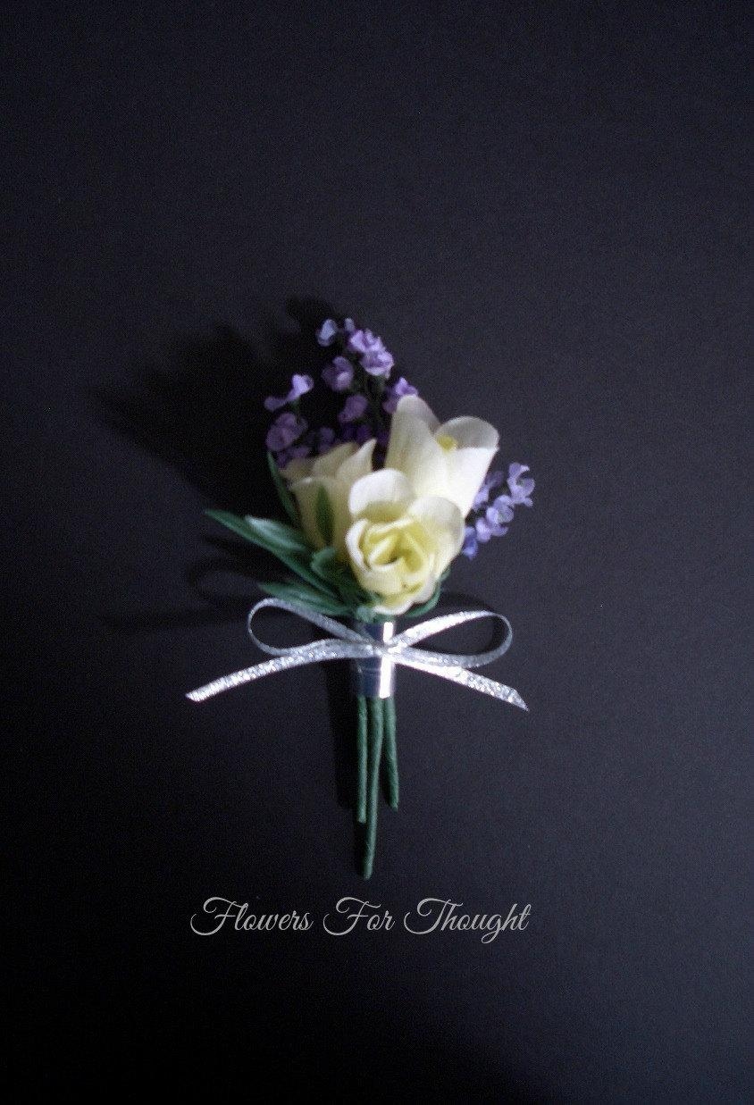 Hochzeit - White Rosebud Boutonniere with Lavender, Groom or Groomsmen Lapel Bloom, Mens Wedding Flower