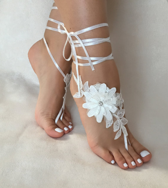 Wedding - Ivory 3D floral lace barefoot sandals, FREE SHIP, beach wedding barefoot sandals, belly dance, lace shoes, bridesmaid gift, beach shoes