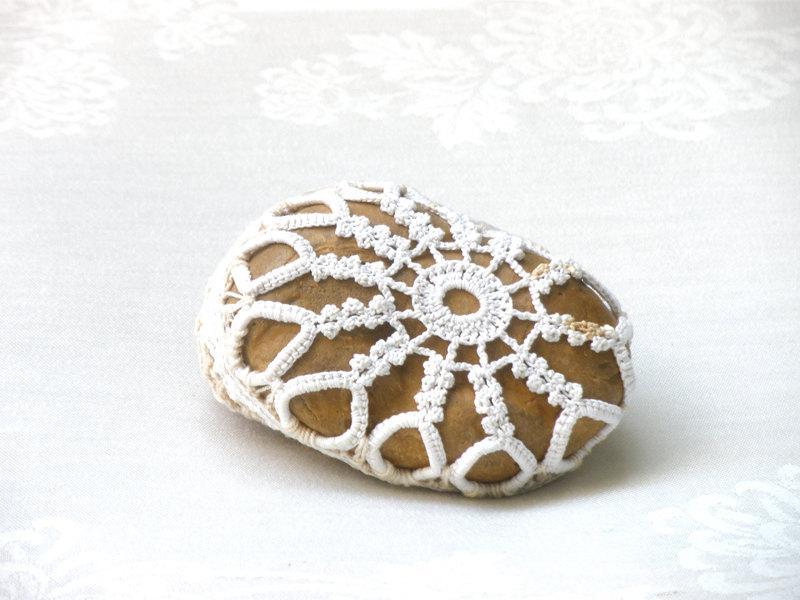 Crochet Lace Stone Natural Wedding Favors Inspirational Wedding