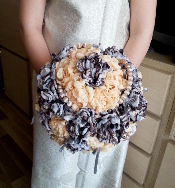 زفاف - RAEDY to SHIP Fabric Bouquet Shabby Chic Fabric Wedding Bridal Pearls vintage beads HANDMADE flowers bright orange brown silver satin ribbon