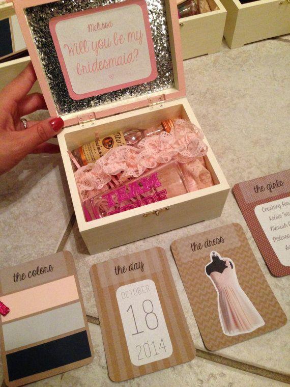 Hochzeit - Sparkly Favor Box ForGift