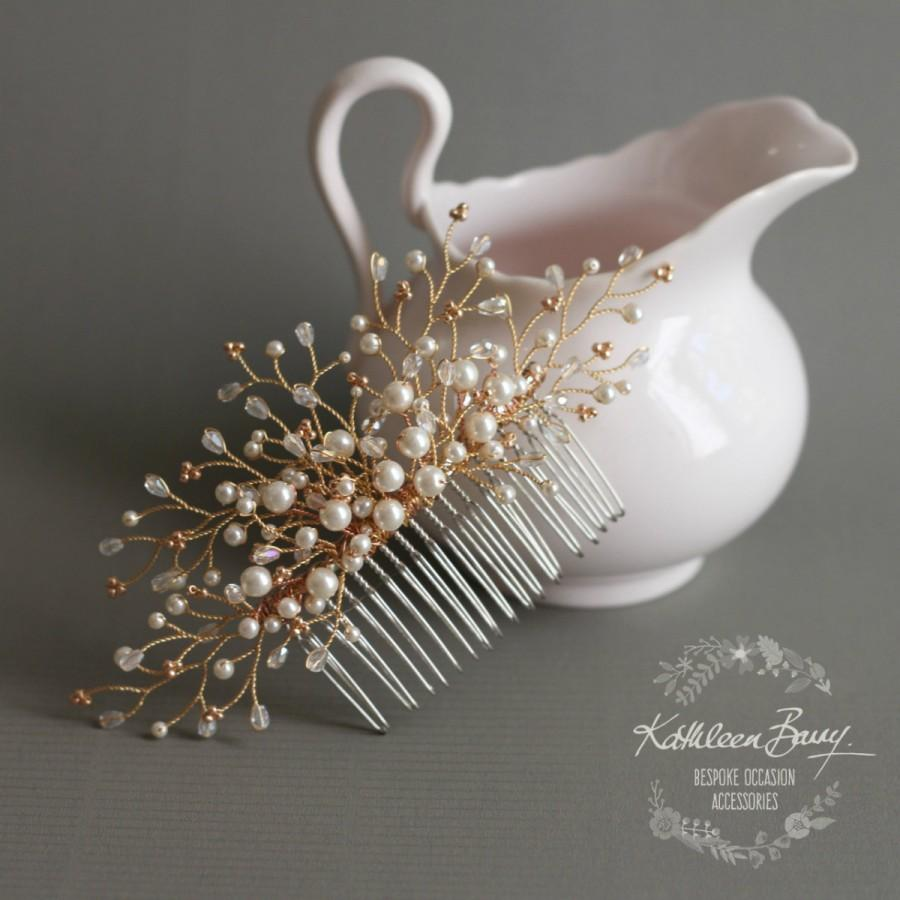 Свадьба - Rose Gold Bridal Hair Comb dainty, crystal, pearl - wedding hair accessories veil comb STYLE: Beth