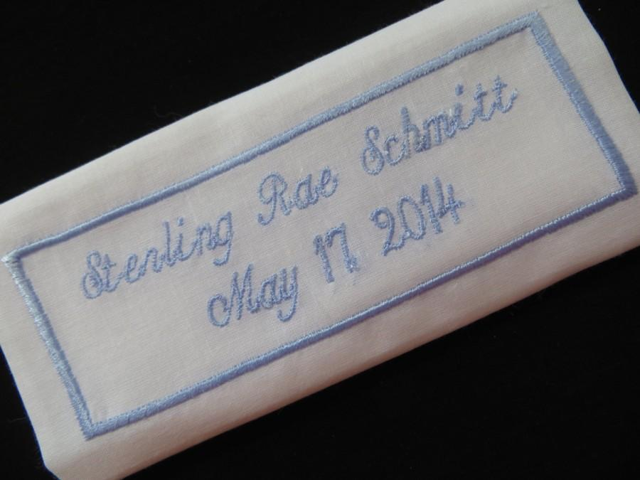 Свадьба - Embroidered Wedding Dress Label. This can be sewn in your wedding gown.